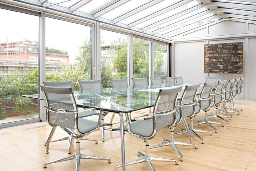 Una chair vergaderstoel buro international for Buro international