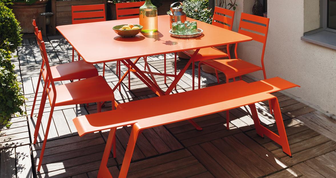 Awesome Salon De Jardin Fermob Costa Contemporary - Table Cargo ...