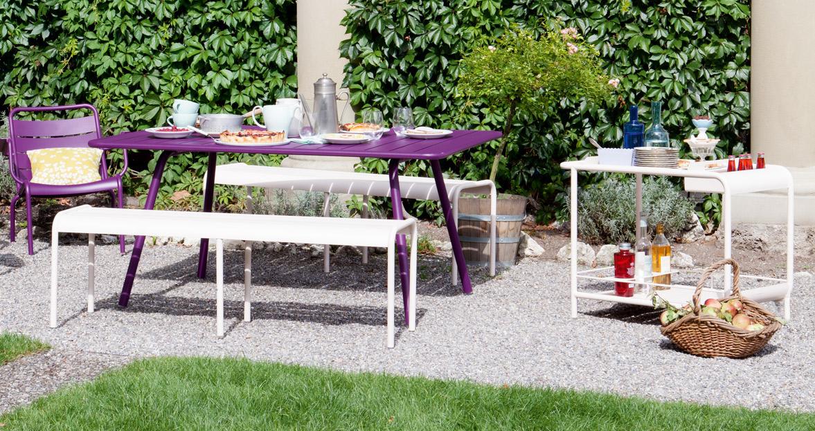 fermob luxembourg bank buro international. Black Bedroom Furniture Sets. Home Design Ideas